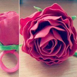 Резинка для волос с цветами Роза (ручная работа)