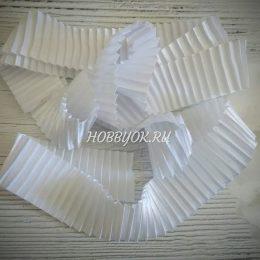 Атласная лента гофрированная 40 мм, цвет: белый