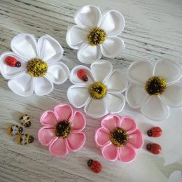 Бант цветок