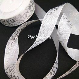 Репсовая лента с рисунком серебряный вензель 25 мм, цвет: белый арт. 4435