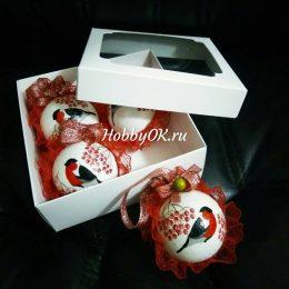 Коробка крафт с окном 14,5*14,5*6 см, цвет: белый